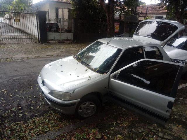 Peugeot 106 ano 2000