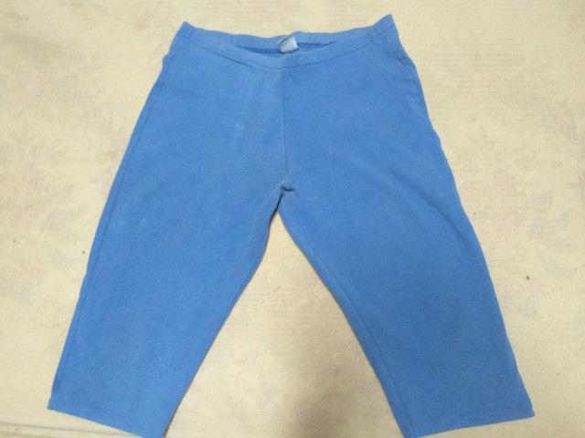 Dois shorts Tam M por 10 reais  - Foto 2