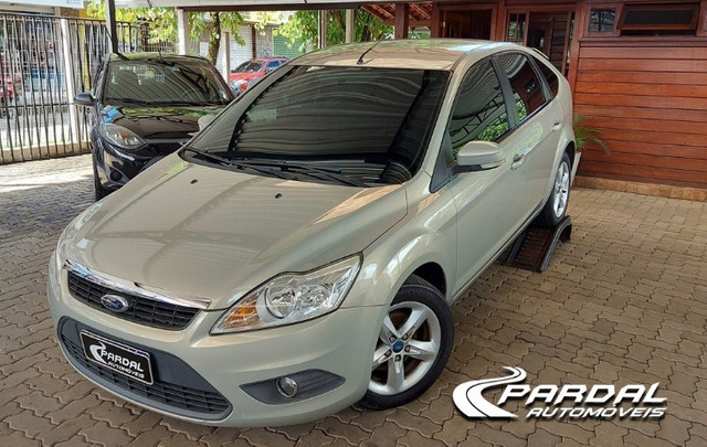 Ford Focus 1.6 GLX  - Foto 2