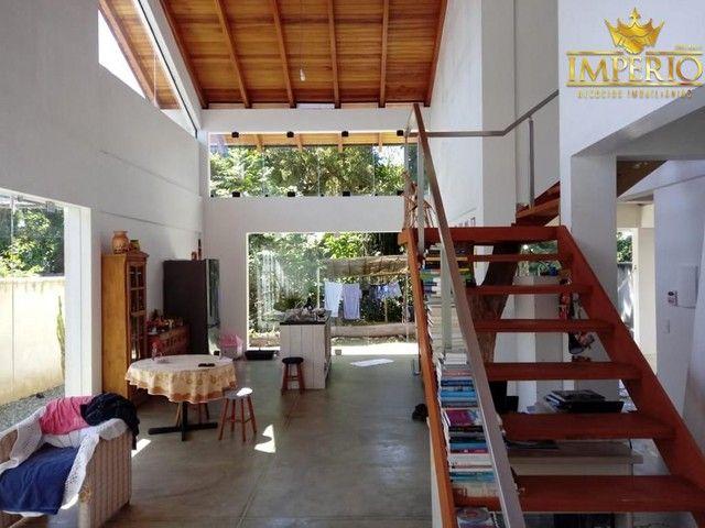 Casa com excelente localização em Bombas - Foto 12