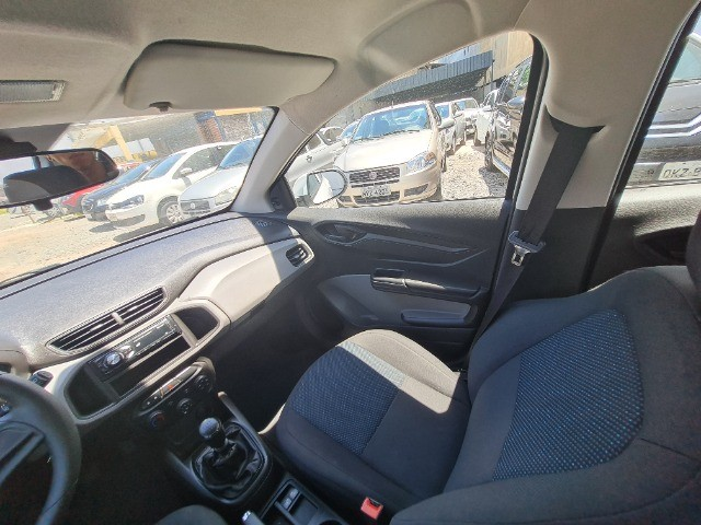 Chevrolet Onix 1.0 Flex 2018 - Foto 16