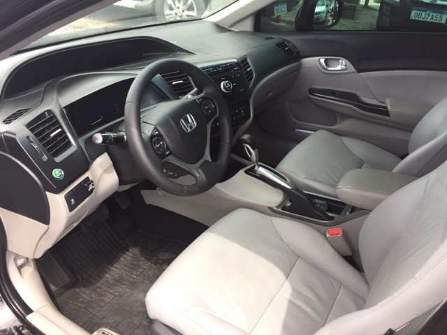 Honda Civic Sedan LXR 2.0 Flexone 16V Aut. 4p   2016 C/GNV - Foto 3
