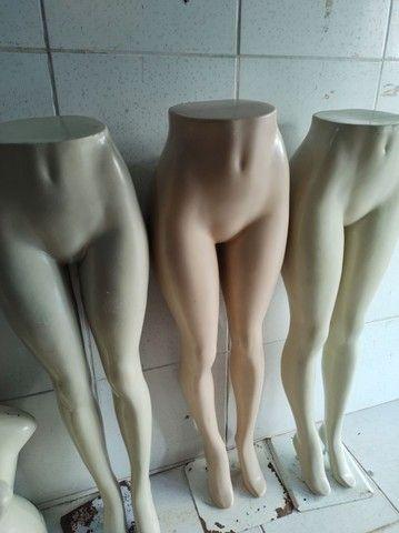 Maniqui de roupa no precinho 220 tudo - Foto 3