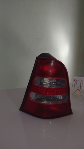 Lanterna lado esquerdo Mercedes Classe A - Foto 2