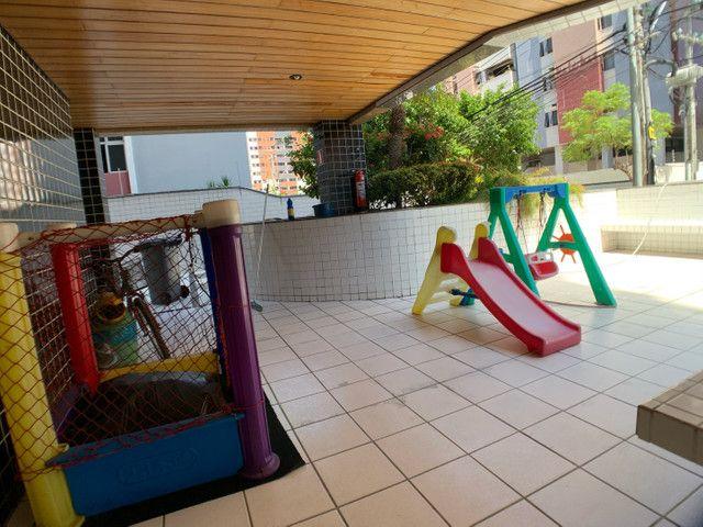 Amplo e ótimo 3 quartos na Ponta Verde ! - Foto 10
