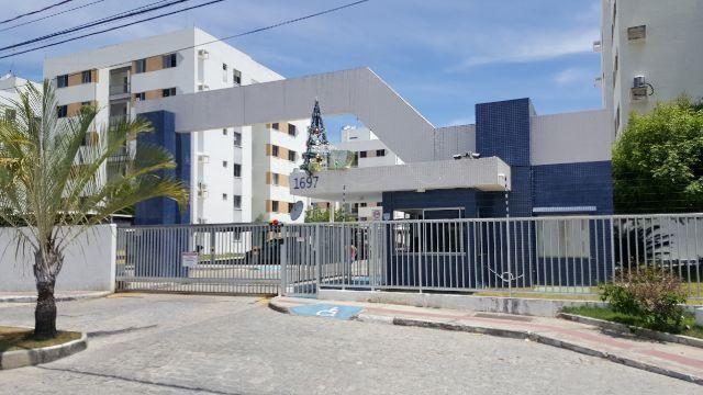 Apartamento no condomínio Mar de Aruana II, c/3 quartos, Bairro Aruana