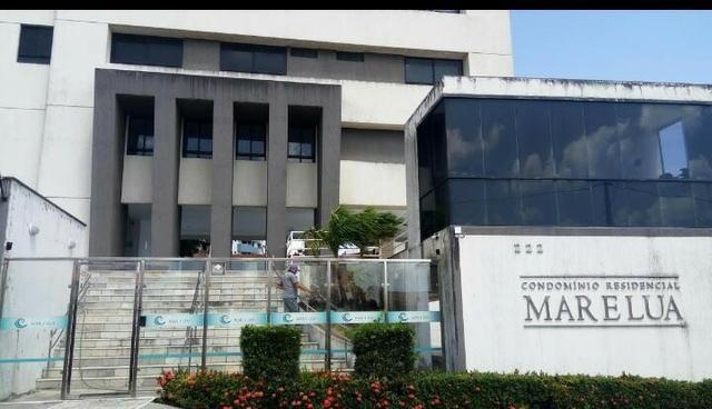 Vendo apartamento em Ponta Negra no Condomínio Mar e Lua 140m² 3/4 sendo 02 suítes