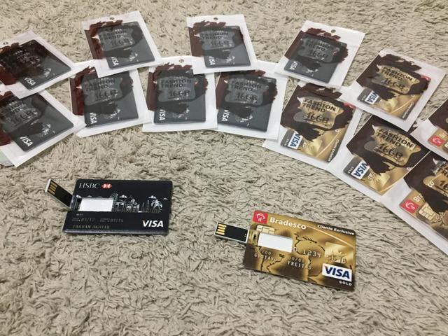 Pendrive 16 gb personalizado modelo cartão de crédito novo - Foto 3