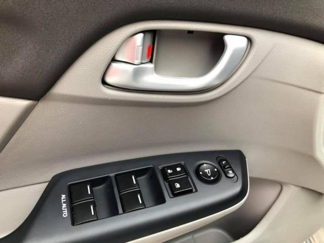 Honda Civic 2014 lxr automático + kit multimídia, carro impecável !!! - Foto 9