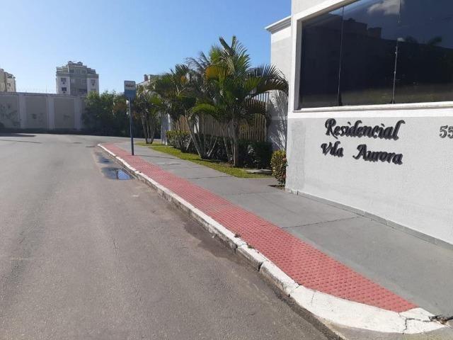 Apartamento com 2 dormitórios - Condomínio Vila Aurora em Jardim Limoeiro