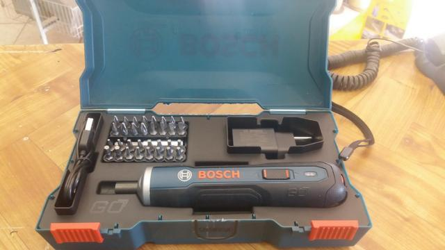 Parafusadeira bosch go 3.6v kit acessorios R$150,00 a vista novo sem uso com garantia - Foto 2