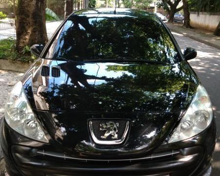Peugeot 207 11/12 2 portas com apenas 47 mil KM originais, 2º dono - Foto 2