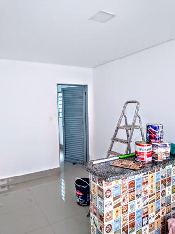 Kitnet locação ,toda no piso porcelanato, 700 reais