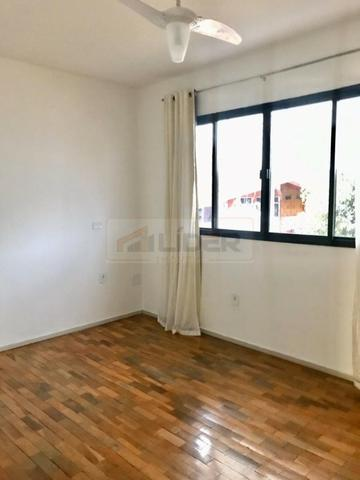 Apartamento Semi Mobiliado - 2 Quartos + 1 Suíte - Centro - Foto 7
