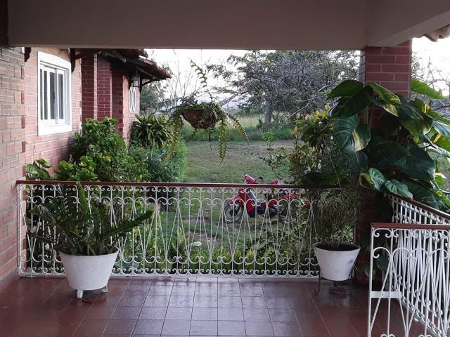 Chácara em Gravatá com 9 hectares, casa sede, 6 suítes, piscina com apoio, vista da BR-232 - Foto 4