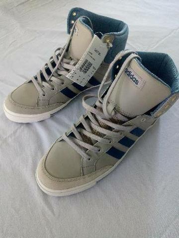 Tênis Adidas original neo cacity mid