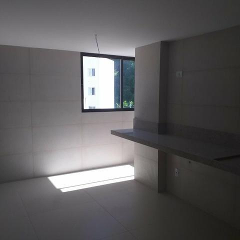 04 suites em cabo branco ha poucos metros da orla - Foto 7