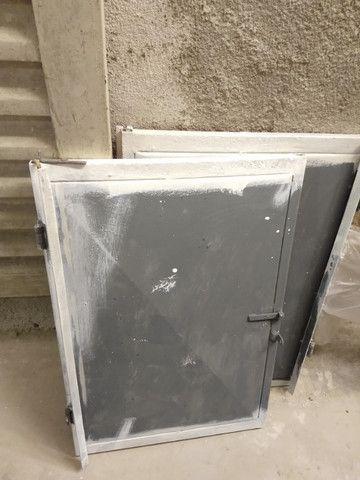 Porta de armarinho de ferro - Foto 2