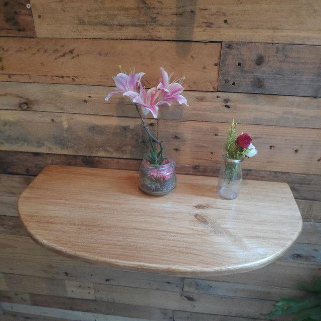 Suporte de madeira rústica para cantinho do café