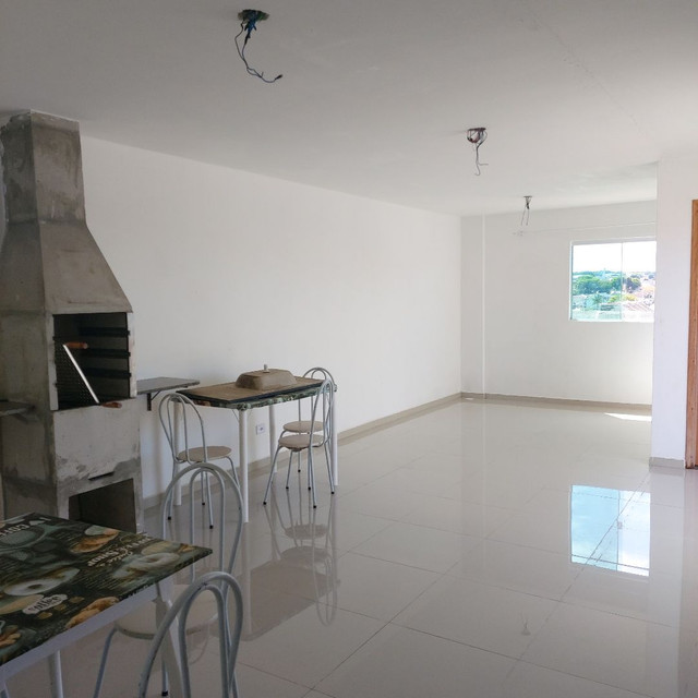 _/ Excelente Apartamento,02qts, sacada, vaga coberta, piso, 5min terminal  - Foto 12