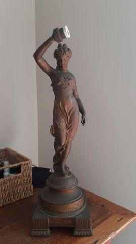 Estatueta antiga