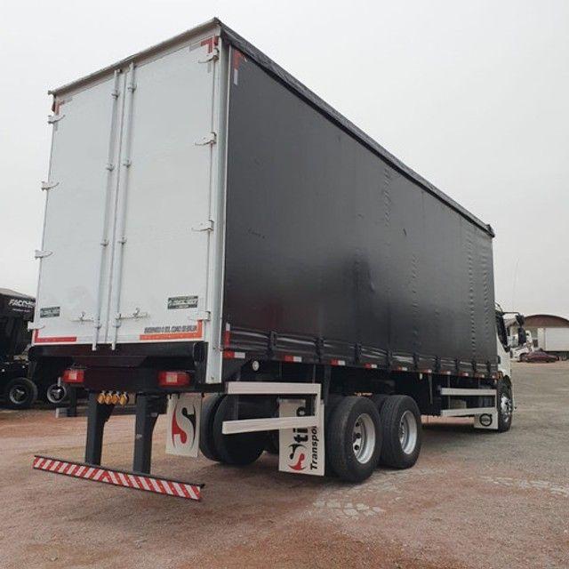 Caminhão Truck Volvo Vm260 6x2 Carroceria Sider 2011 Vm 260 #Com Sinal De R$23.000,00 - Foto 4