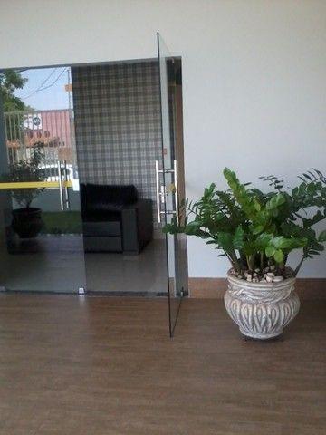 Res. Dubai - Apartamento Aluguel de 02 quartos sendo 01 suíte mobiliado - Foto 5