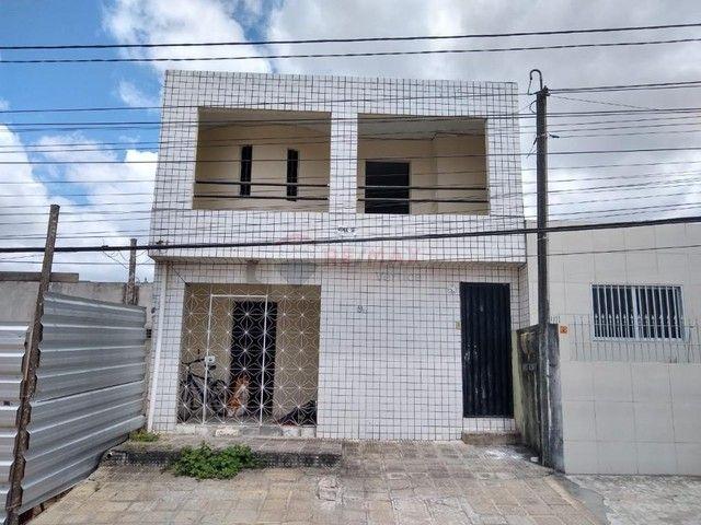 Casa Residencial Duplex. Av. Ebenezer Furtado Gueiros nº 09