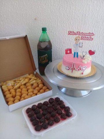 Kit festa Com torta personalizada a partir de 100 - Foto 3