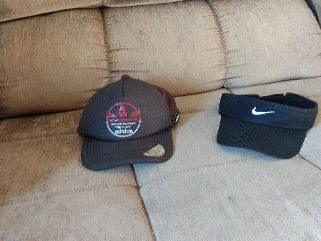 Boné Adidas e Viseira da Nike