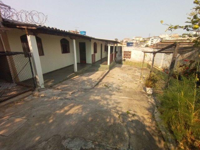 Barracão bairro Inconfidentes 60 m² 4 cômodos