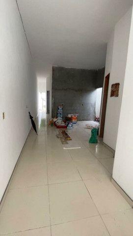 .Linda casa com terreno grande nos fundos 3qts 1 suíte  - Foto 9