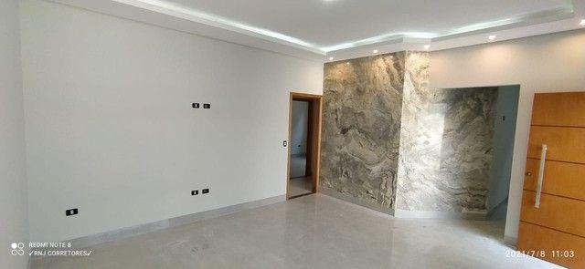 Casa para venda tem 130 metros quadrados com 3 quartos em Coronel Antonino - Campo Grande