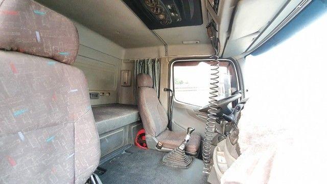Caminhão trucado Mercedes Benz Axor 2540 S com carreta LS - Foto 6