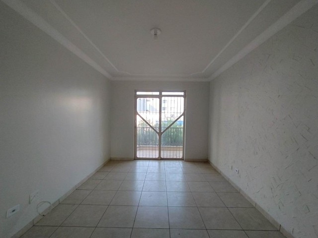 Locação   Apartamento com 90 m², 3 dormitório(s), 1 vaga(s). Zona 07, Maringá - Foto 2