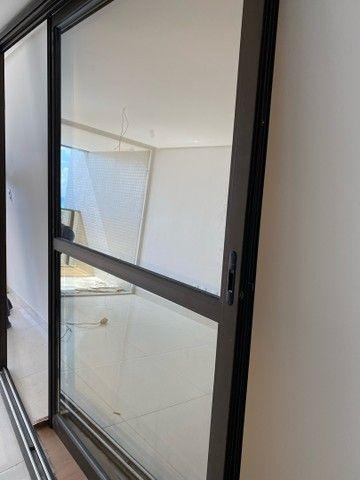 Vendo Porta de Vidro - 2,80x2,35 - Foto 4