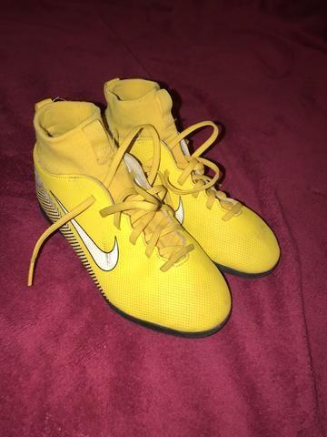 4dfb80812a4f6 Chuteira mercurial Neymar tamanho 32/33 botinha - Roupas e calçados ...