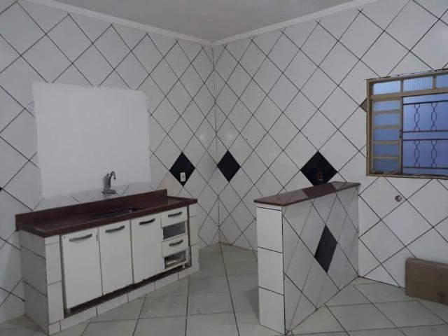Vendo ampla Casa no bairro Dom Bosco