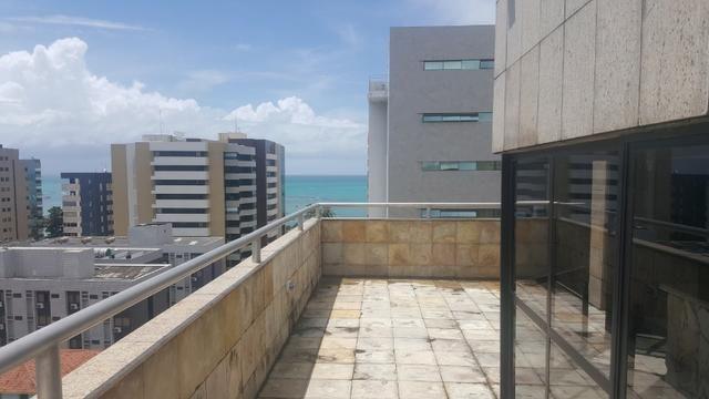3 anos de condomínio free, cobertura com 450m2 na ponta verde - Foto 8