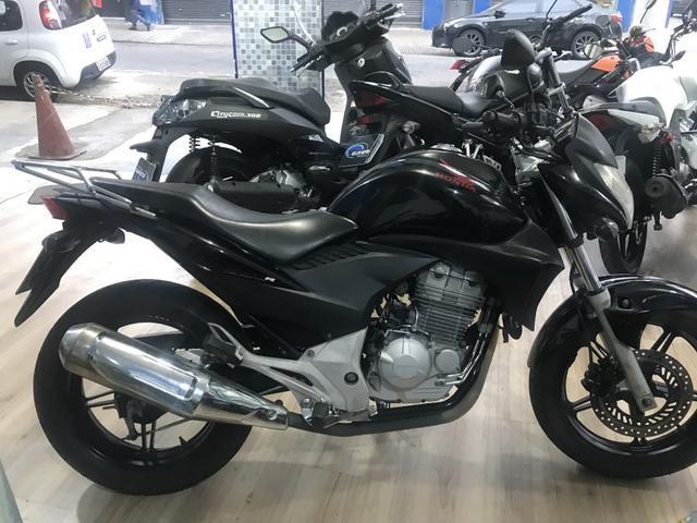 Honda cb 300 2011 aceito moto Fin 48 x aceito cartão até 12 x 1.6% ao mês - Foto 5