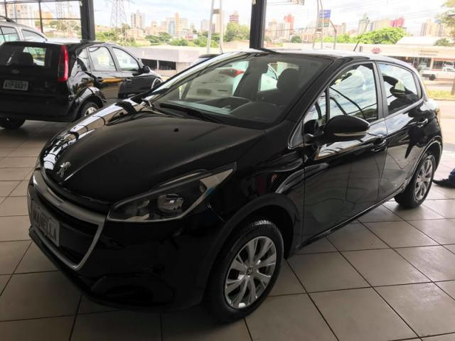 PEUGEOT 208 1.2 ACTIVE 12V FLEX 4P MANUAL 2018 - Foto 3