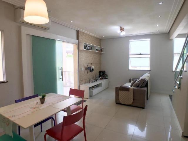 CA0873- Casa duplex em condomínio fechado com 3 quartos, sendo 1 suíte - Foto 2