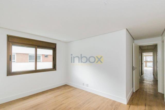 Lindo apartamento 3 suítes semi mobiliado com 116m privativos - Foto 17