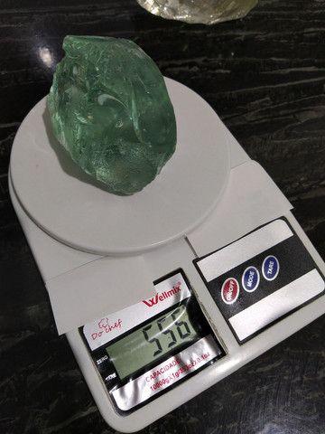 Duas Pedras de Vidro da Terra 2 kg  - Foto 4