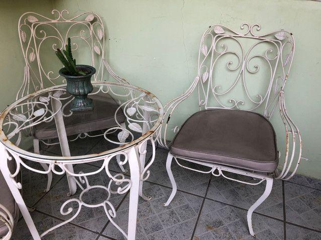 Cadeiras e mesa de ferro/50/60 anos - Foto 4