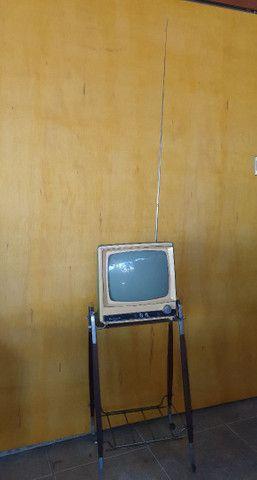 Antiga TV com pé original de época jacarandá  - Foto 4