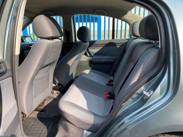 Volkswagen Polo Sedan POLO SEDAN 1.6 MI TOTAL FLEX 8V 4P FL - Foto 10