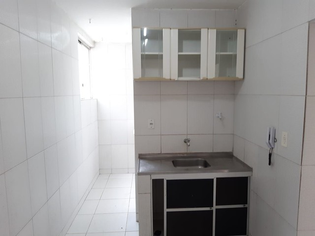 Apartamento com 2 dormitórios para alugar, 55 m² por R$ 1.000,00/mês - Imbuí - Salvador/BA - Foto 4