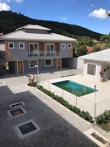 Casa Duplex em Condomínio Região Oceânica - Lançamento