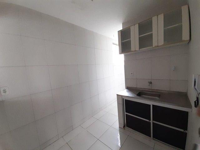 Apartamento com 2 dormitórios para alugar, 55 m² por R$ 1.000,00/mês - Imbuí - Salvador/BA - Foto 5